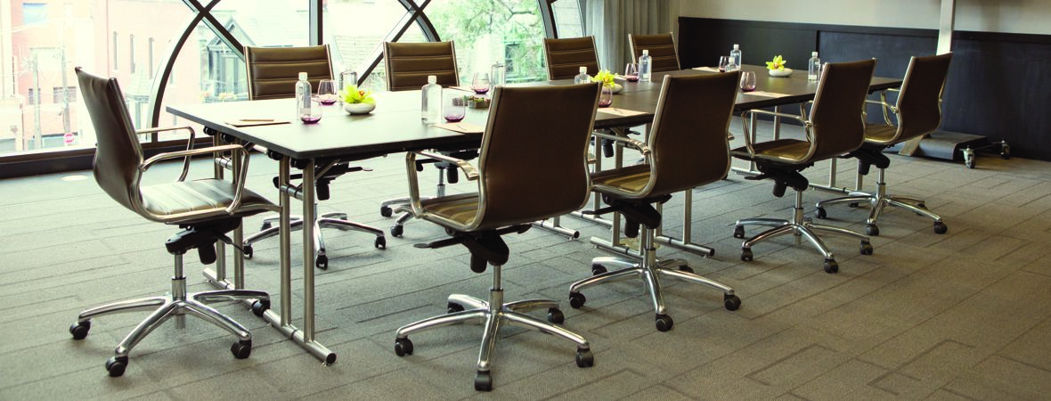Thompson Chicago Mtgs Froines Boardroom DT1113