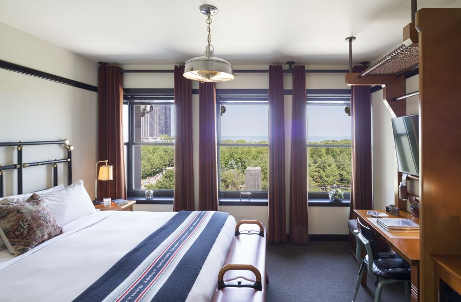 Chicago Athletic Association_Guest Room_Millennium King_Thomas Shelby