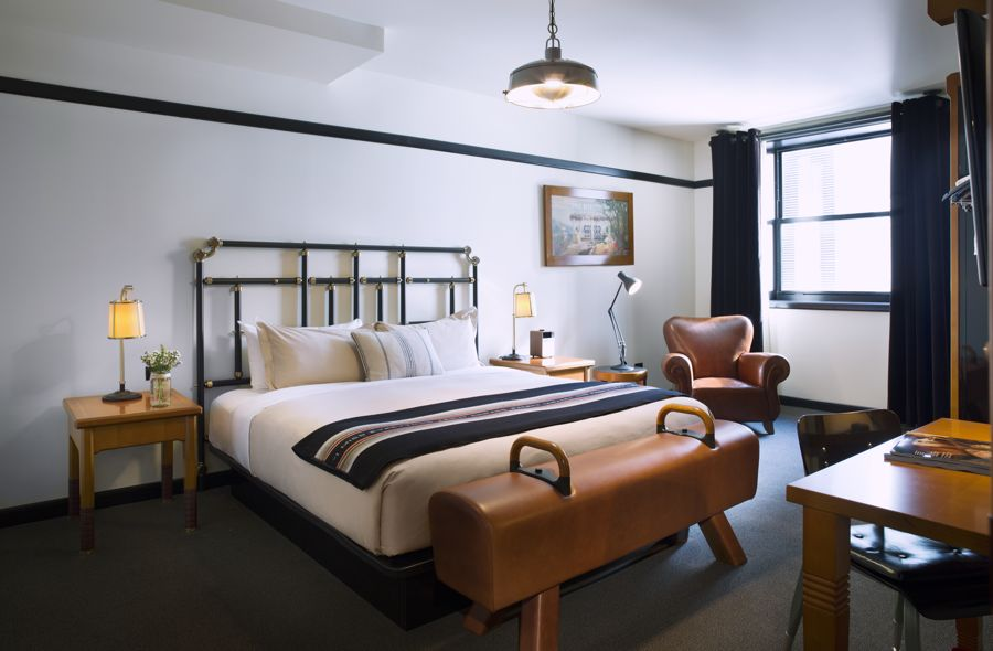 Chicago Athletic Association_Guest Room_Play Two