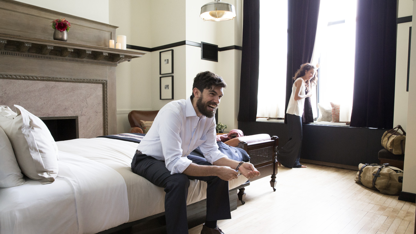 Downtown Chicago IL Hotel Rooms & Suites | Chicago Athletic ...
