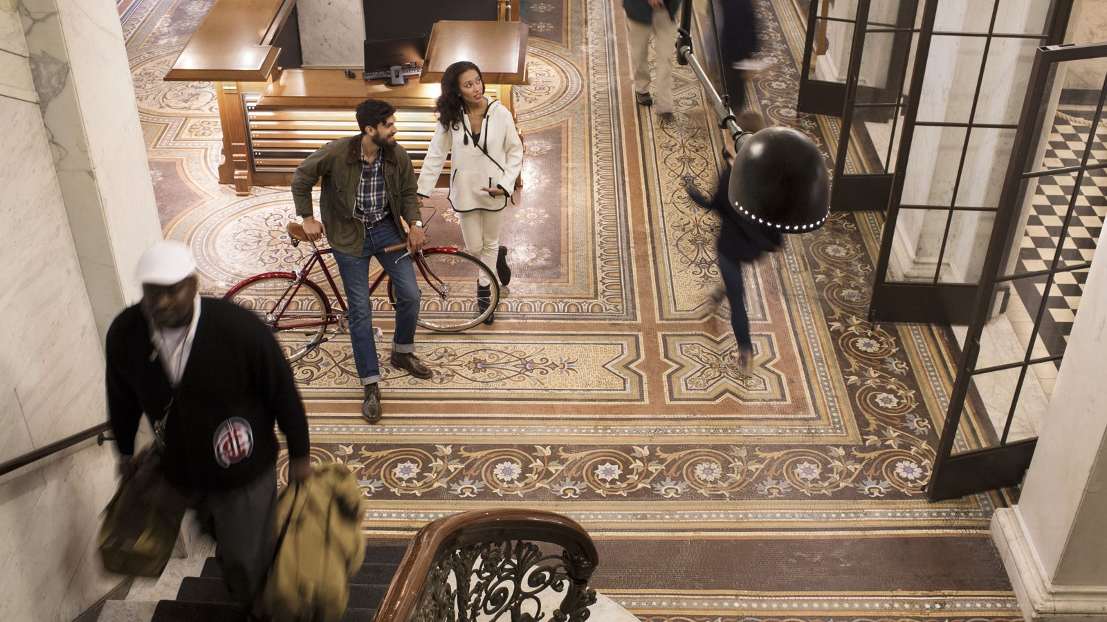 Chicago Athletic Association_Lifestyle_Lobby_In The Know_Thomas Shelby