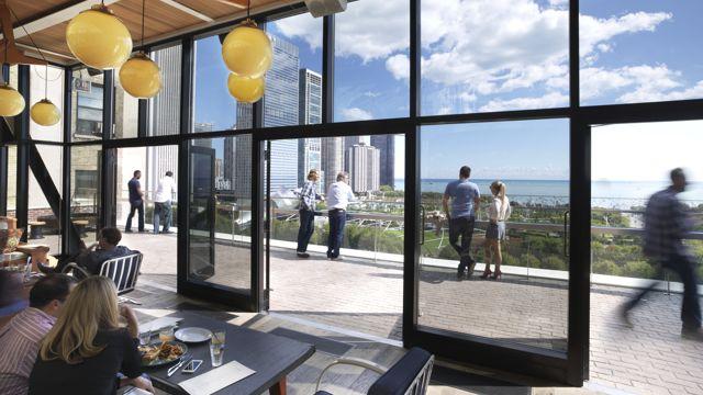 Chicago Athletic Association_Cindy's_Lifestyle_Balcony
