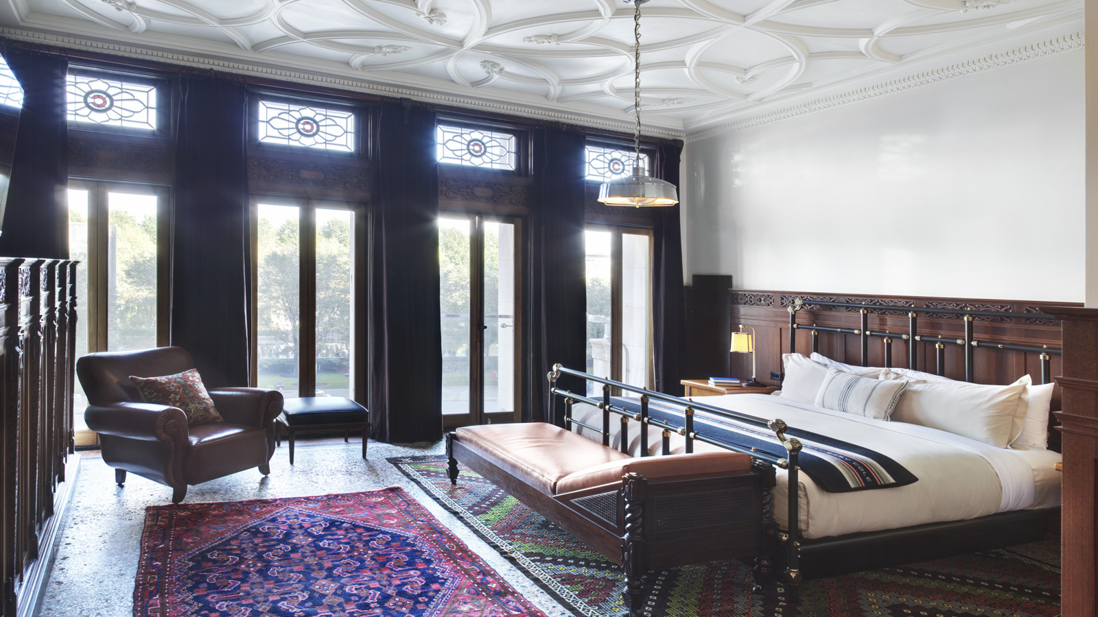 Chicago Athletic Association_Guest Room_Founder's Room_331