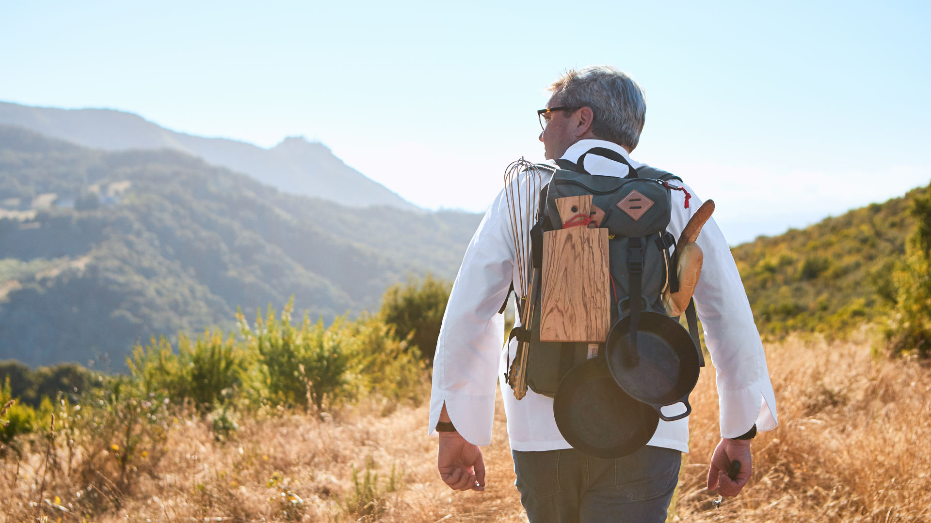 Carmel Valley Ranch_Lifestyle_Chef backpack_GJ_N5I3329_v1_current