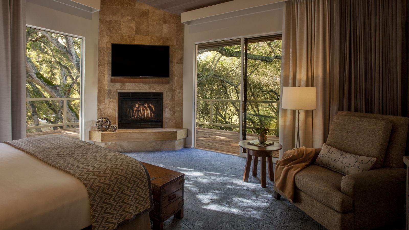 Carmel Valley Ranch_Accommodations_Suite_Garland_Bedroom_Master_6339_BM