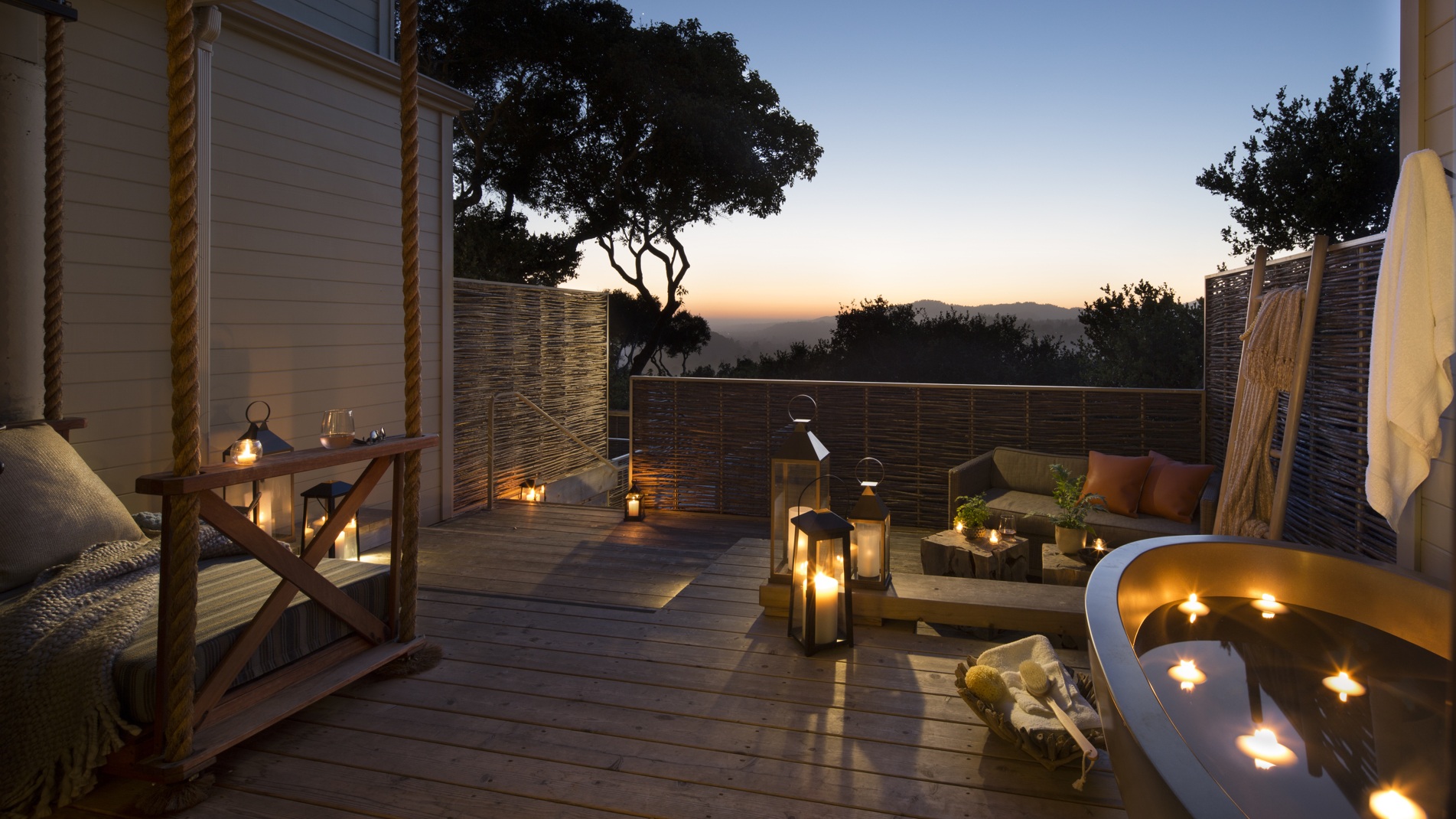 Carmel Valley Ranch_Accommodations_Vineyard Oak Studio_with tub_candles_09_PD