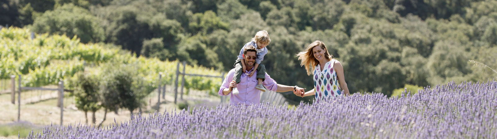 Carmel Valley Ranch_Lifestyle_family in lavender field