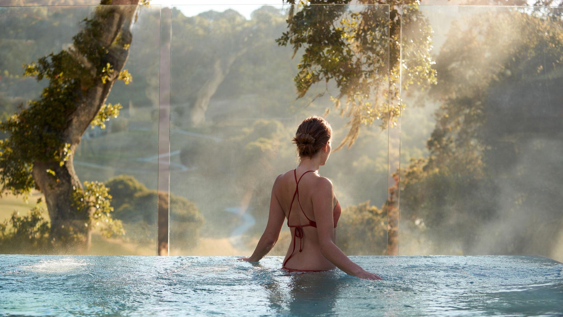 Carmel Valley Ranch_Lifestyle_female_Infinity Hot Tub_3571_GJ