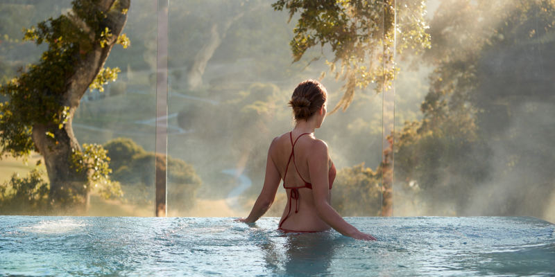 Carmel Valley Ranch_Lifestyle_female_Infinity Hot Tub_3571_GJ