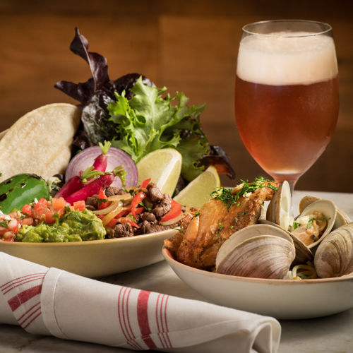 Carmel Valley Ranch_Dining_ValleyKitchen_ClamsTacos&Beer.BarFood