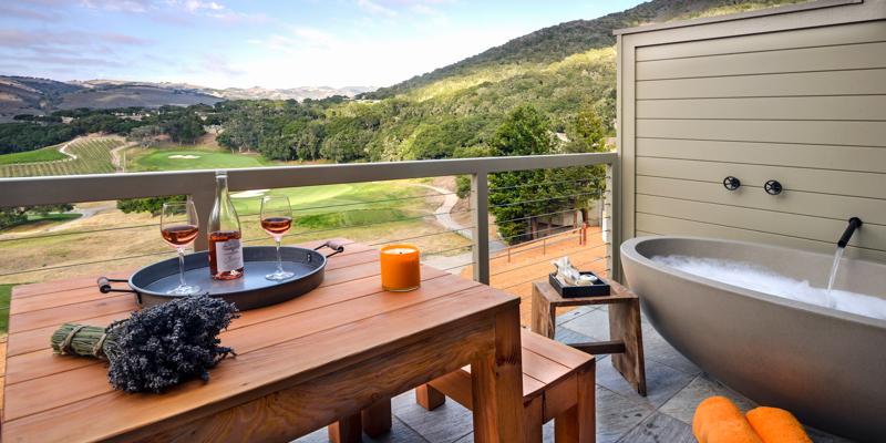 Carmel Valley Ranch_VineyardOakSuite+Tub_Deck