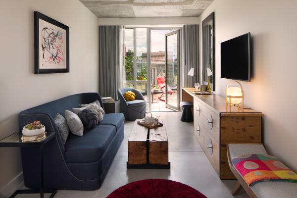 50bowery_ManhattanSuite_Guestroom