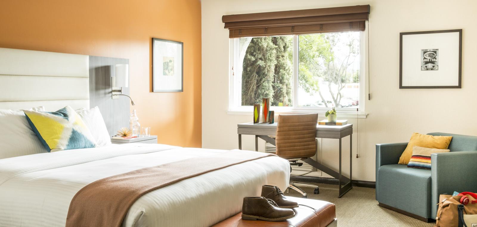 Avante Guestroom King 02 AP0615