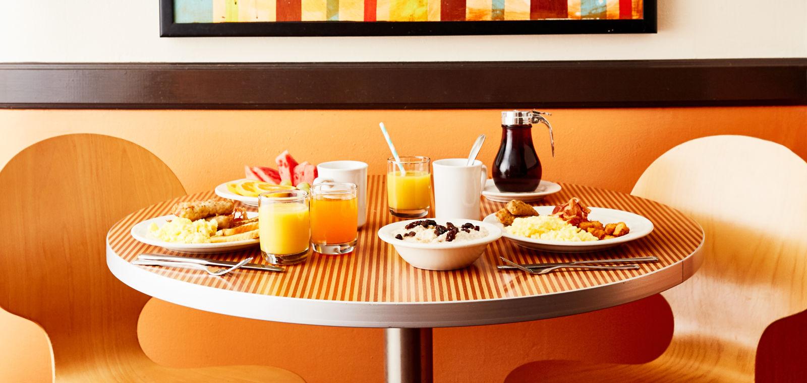 Hotel Avante Breakfast