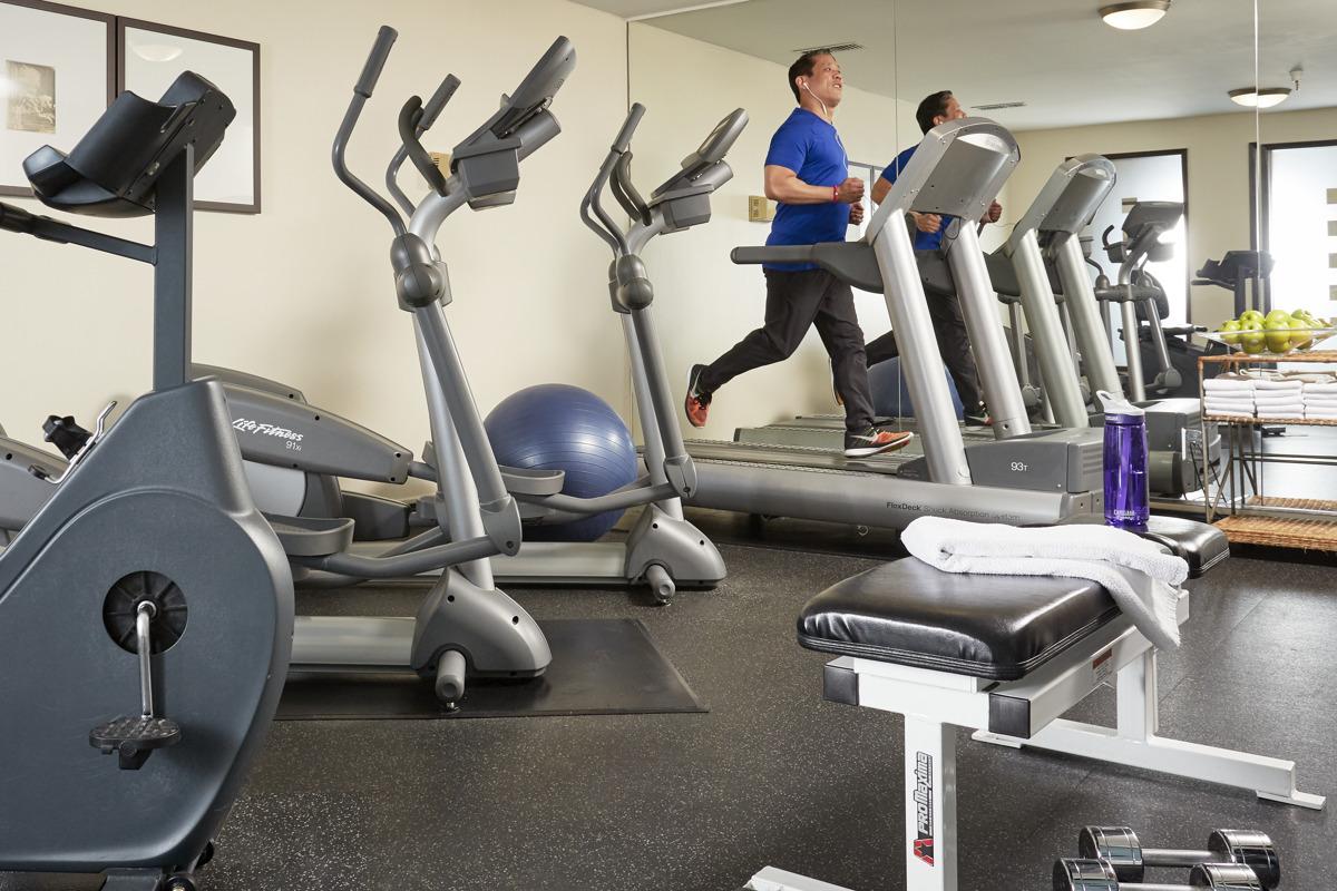 Hotel Avante Fitness Center