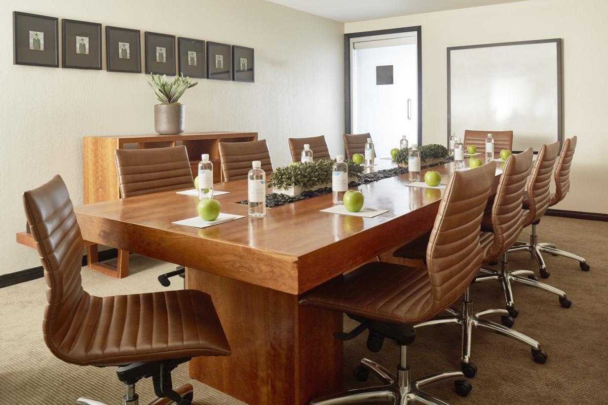 Hotel Avante_Meeting_Room(2)_HighRes