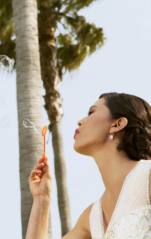 Waterfront Weddings Bride 02 RB0814