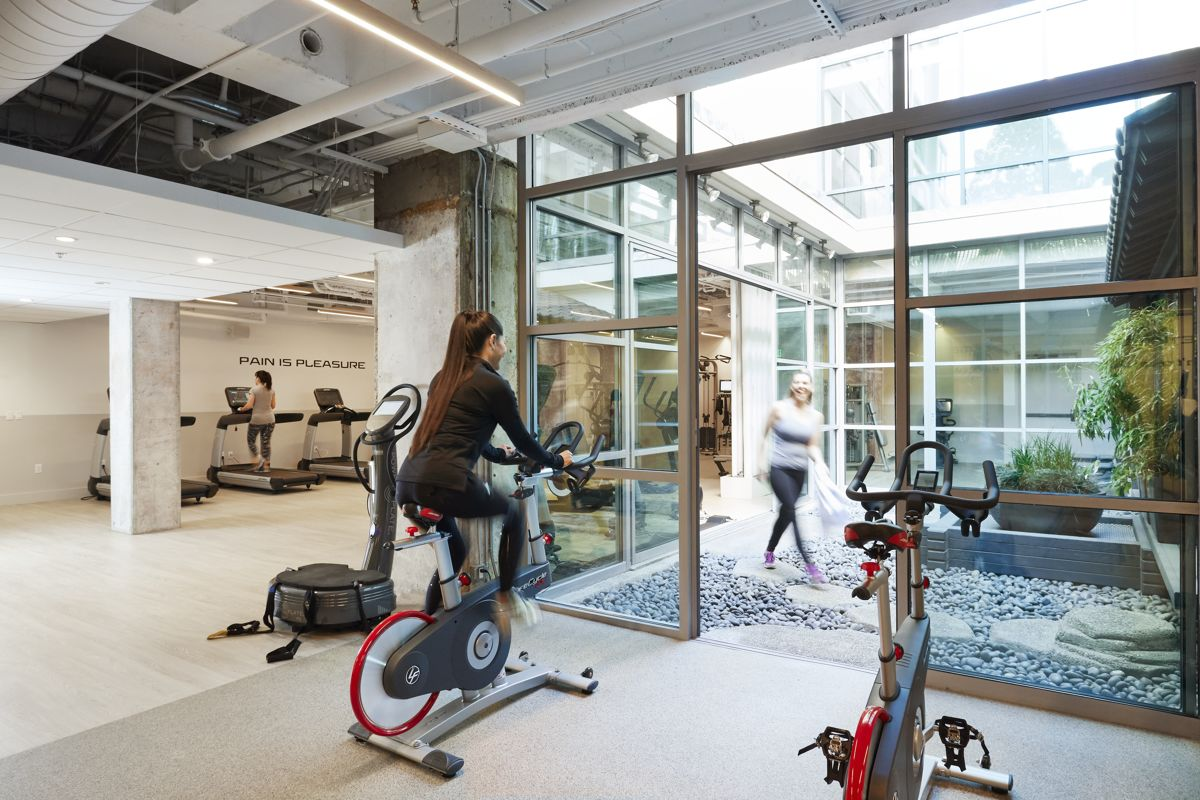 HotelKabuki_Fitness_Overview1_Lifestyle
