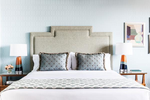 Laurel Inn_King room w Kitchenette_Renovated