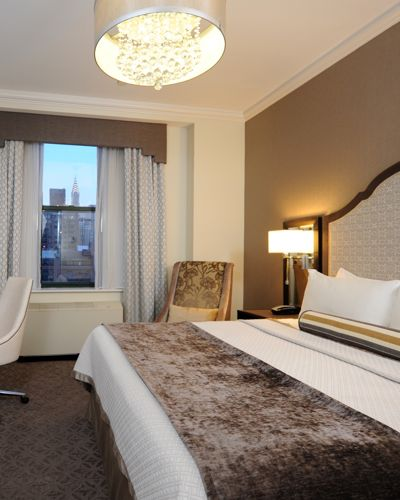 King Bed In Executive Guestroom