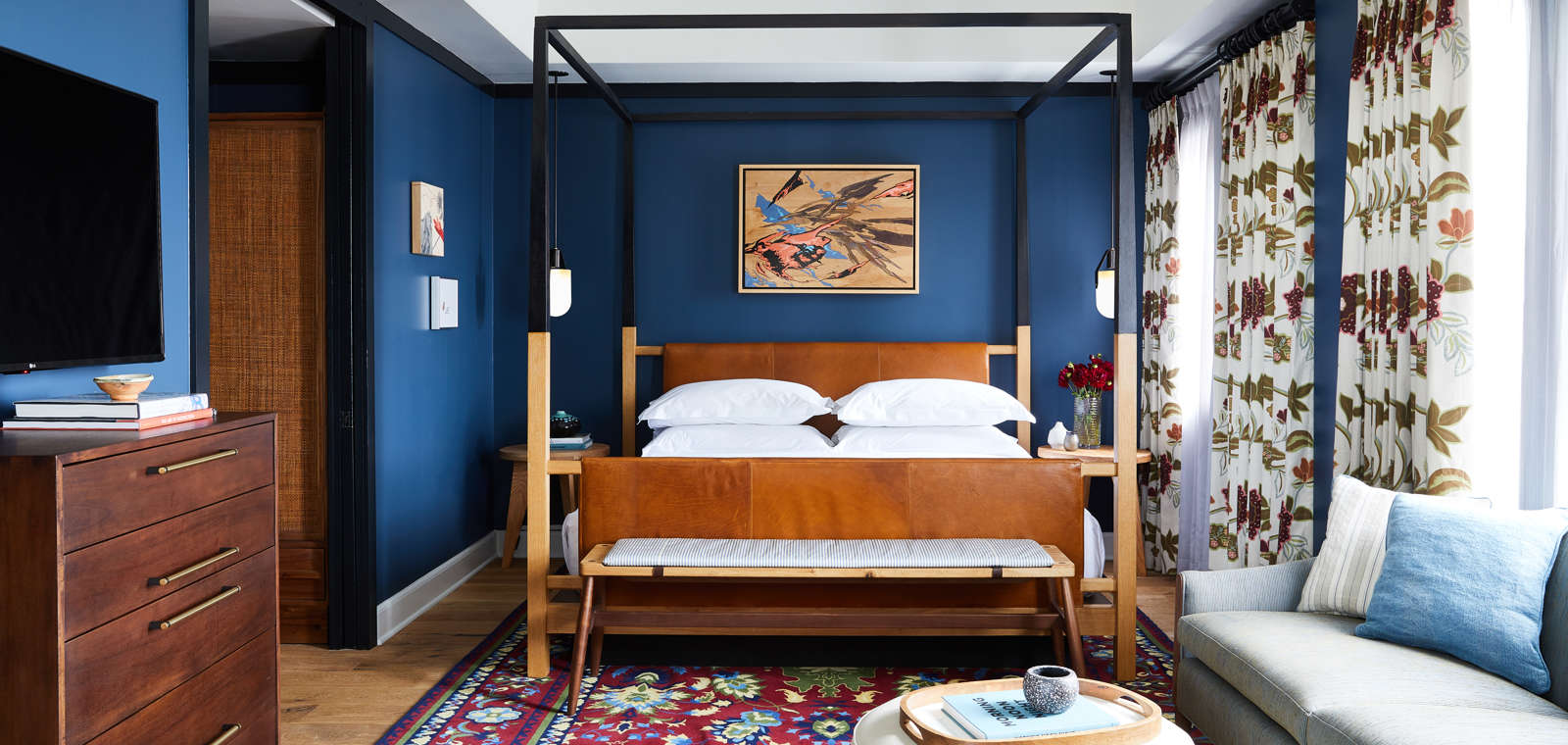Hotel Revival Miss Mary Suite