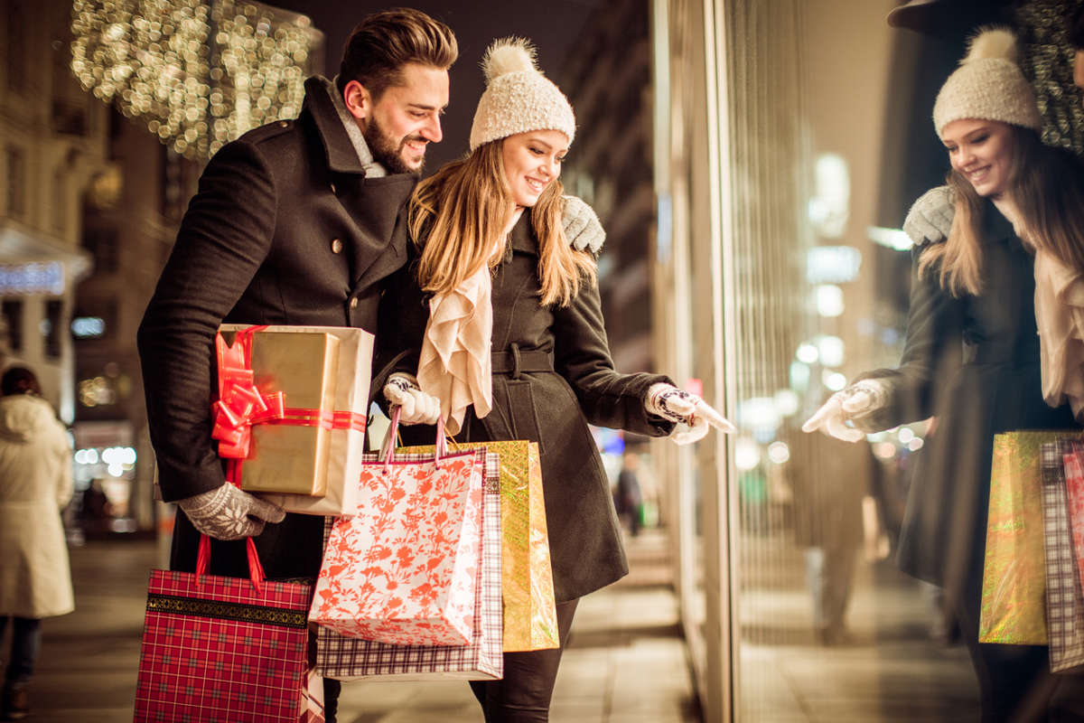 Talbott Hotel_Blog_The Best Holiday Shopping Hotspots in Chicago