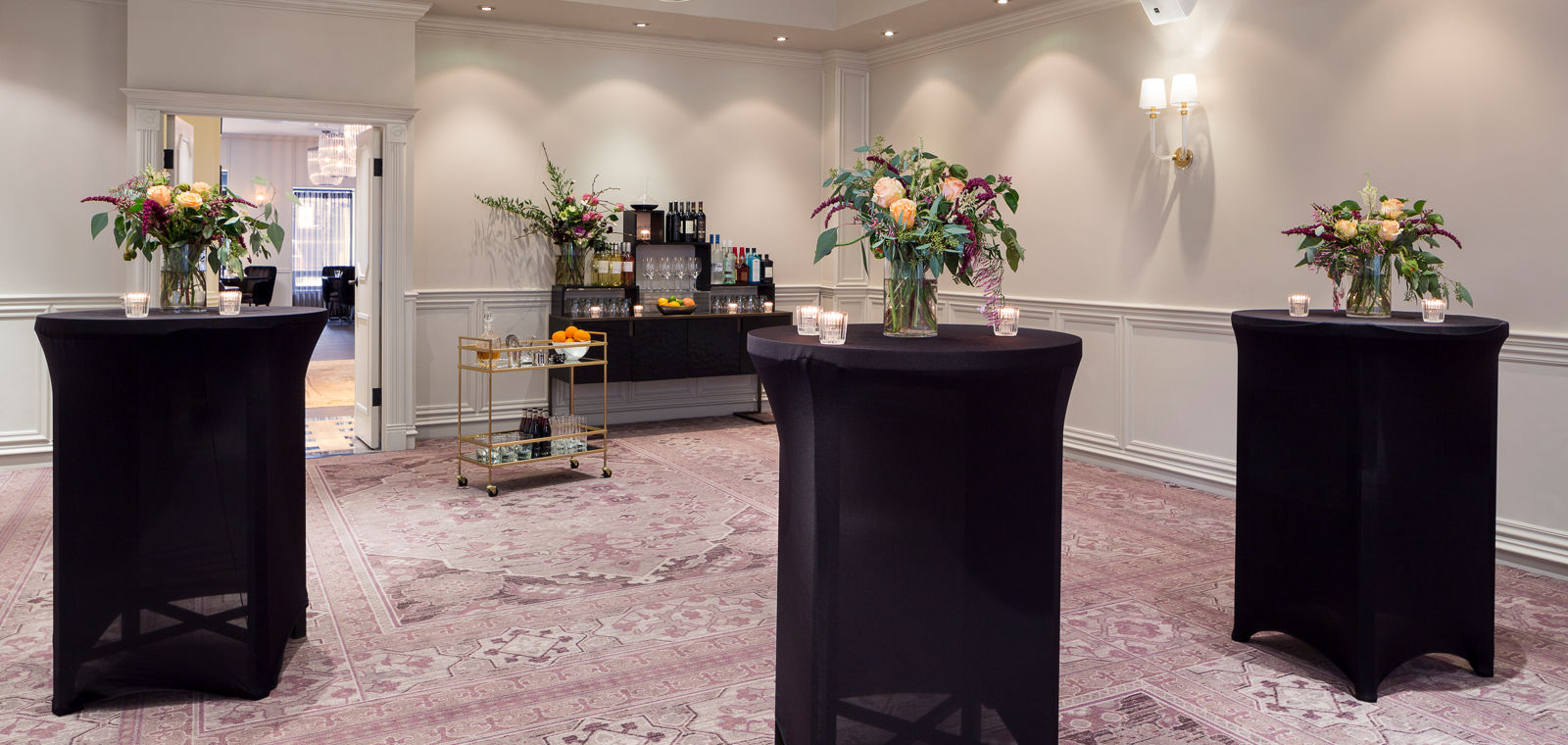 Talbott Hotel_Meetings_Event_High Tops with Flowers