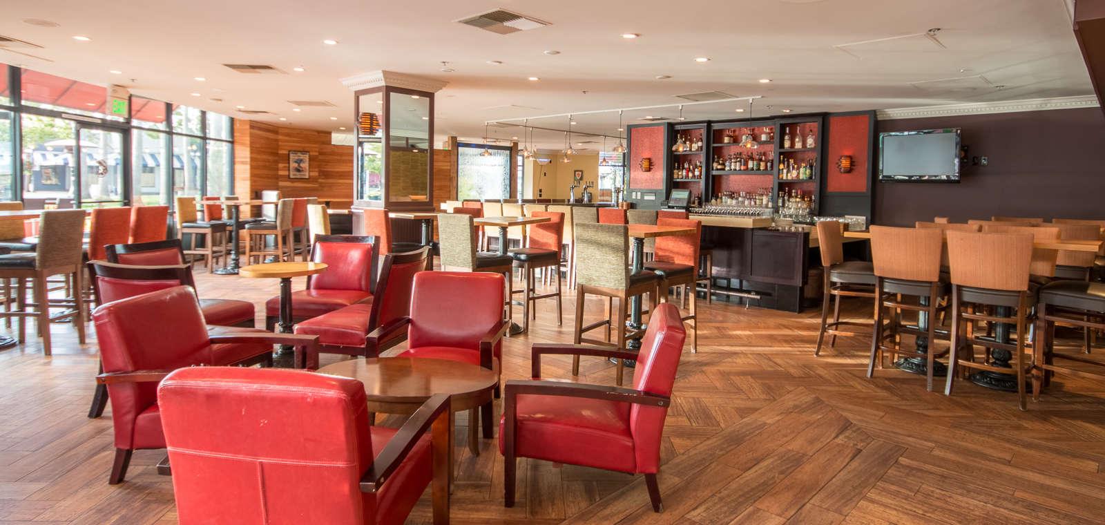 Lungomare Bar Lounge Area