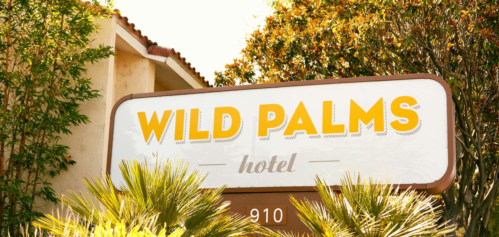 Wild Palms Exterior Sign